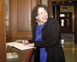 Justice Sotomayor signing The Pioneer Courthouse guestbook